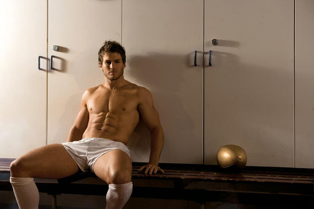Men's naked soccer photos