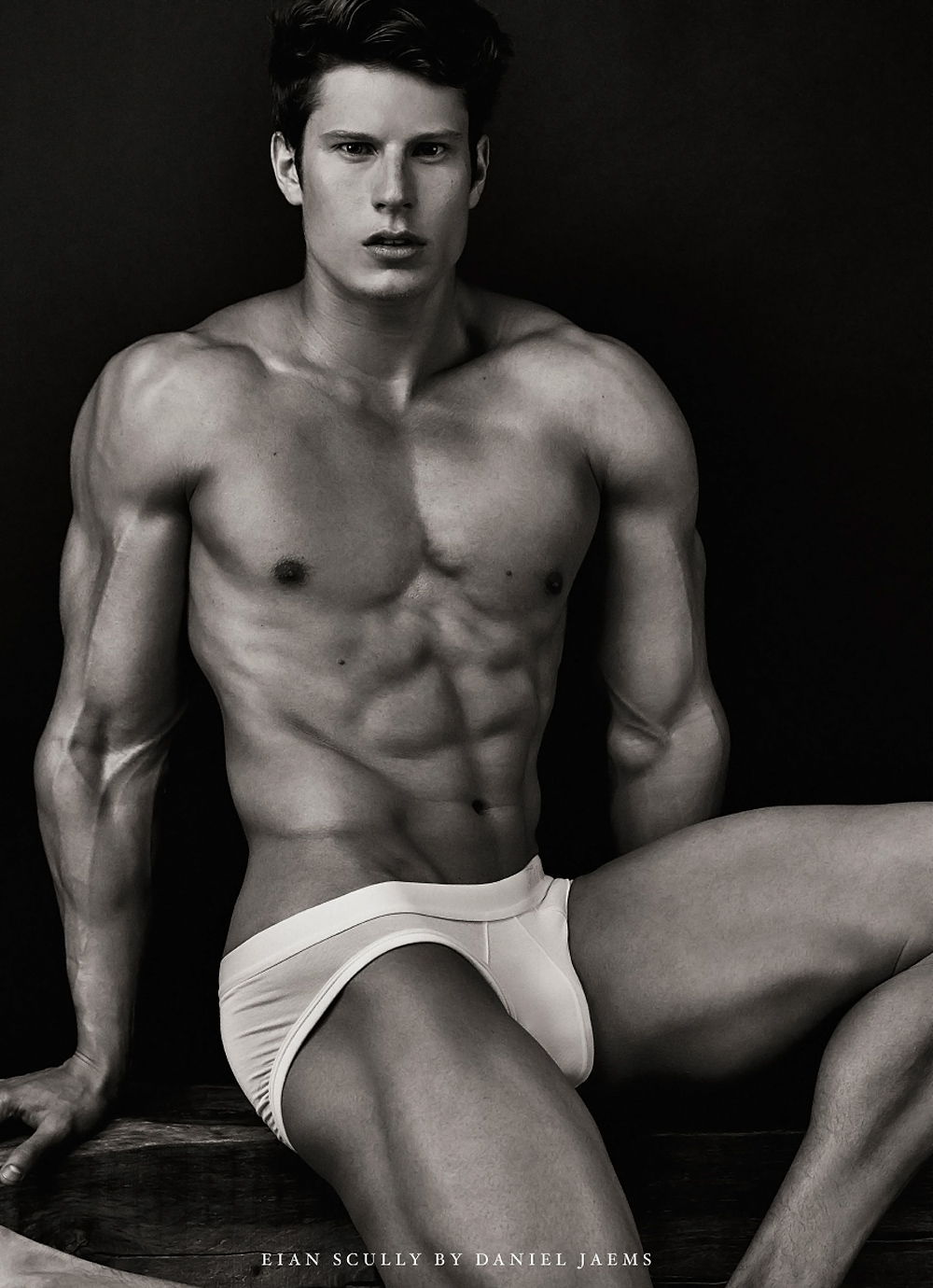 Eian Scully by Daniel Jaem 4