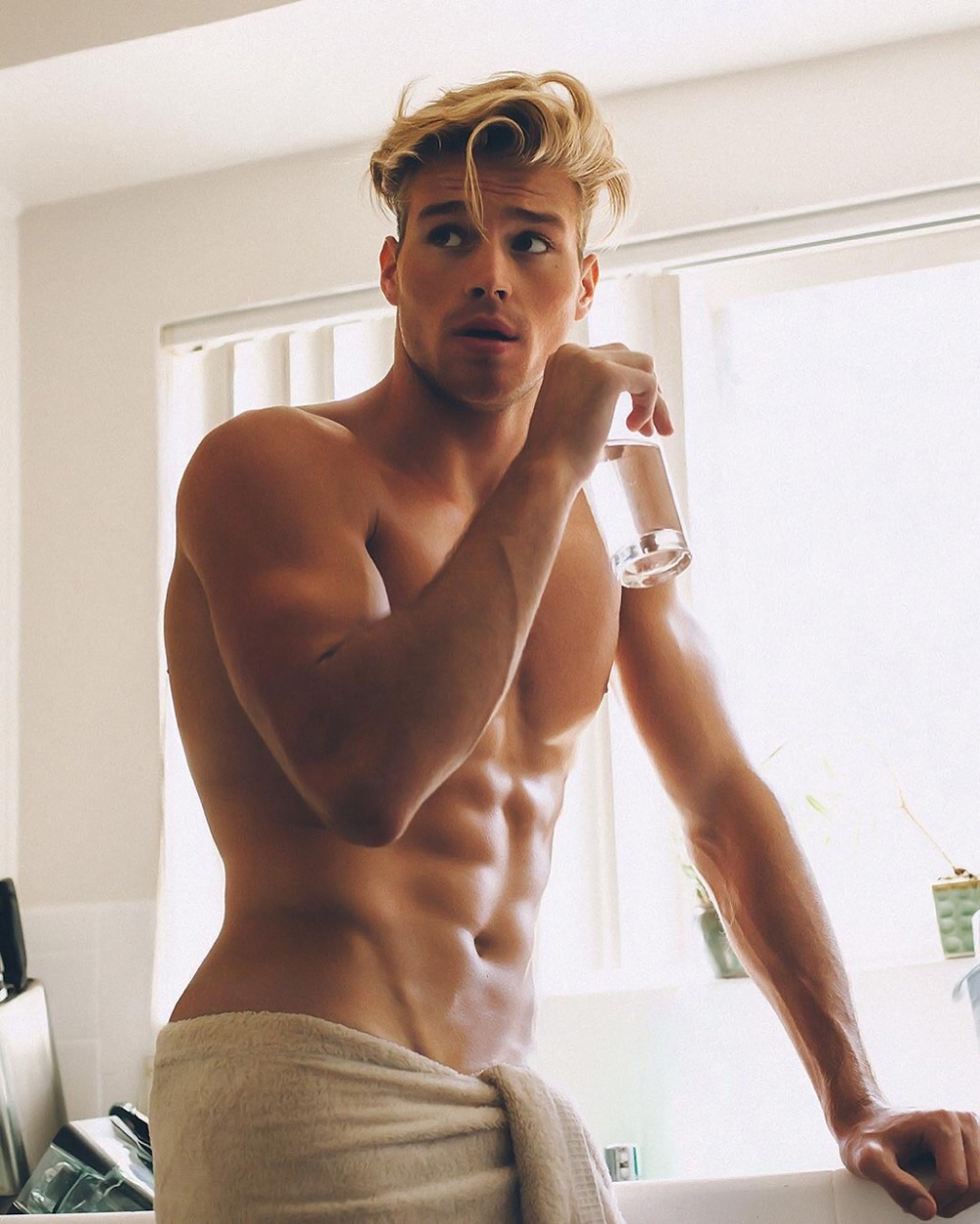 matthew-noszka-by-christian-oita-2