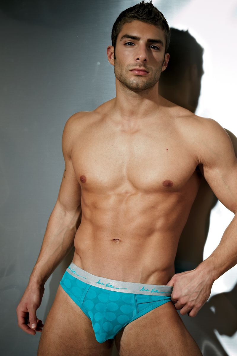 Adam Ayash for Undergear 2013 04